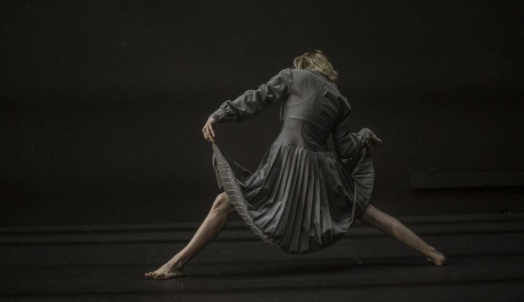 Danza: La Phármaco y su emoción política