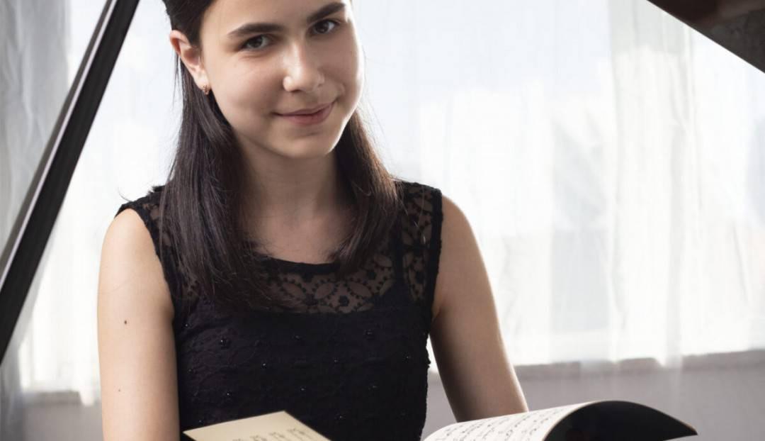 La joven pianista Alexandra Dovgan ofrece un recital con programa exclusivo de Chopin en el Teatro Pérez Galdós