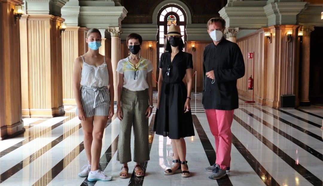 Imagen noticia - El Teatro Pérez Galdós acoge el acto de entrega de una beca internacional a una de las alumnas del curso 'Verano & Danza 2021'