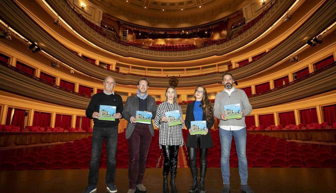 El Teatro Pérez Galdós abre sus puertas a los escolares en el centenario de la muerte del escritor